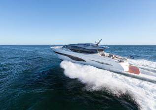 v78-exterior-white-hull-20.jpg
