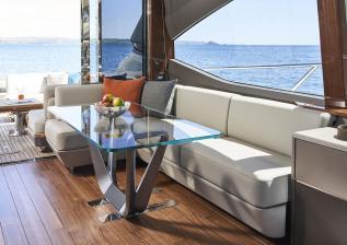 v78-interior-dining-area-walnut-gloss.jpg
