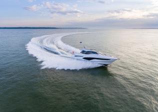 v60-exterior-white-hull-1.jpg