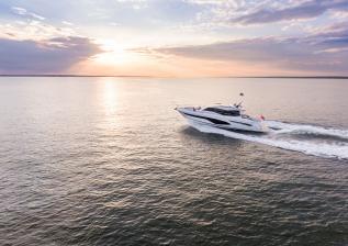 v60-exterior-white-hull-9.jpg