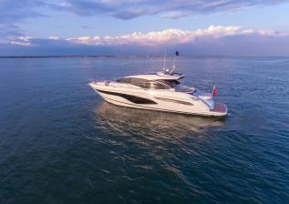 v60-exterior-white-hull-12.jpg
