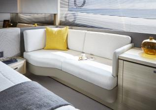 v60-interior-owners-stateroom-sofa-alba-oak-satin.jpg