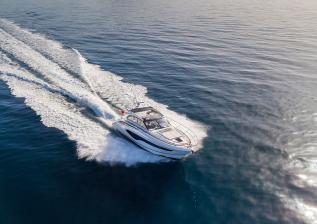 v50-open-exterior-white-hull-6a.jpg