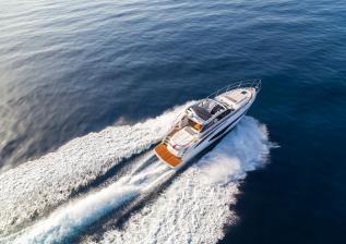 v50-open-exterior-white-hull-8a.jpg