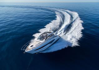 v50-open-exterior-white-hull-12a.jpg