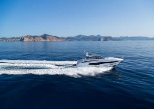 v50-open-exterior-white-hull-13a.jpg