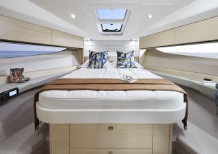 v40-interior-owners-cabin-alba-oak-satin.jpg