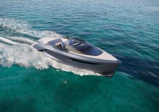 r35-exterior-running-titanium-v2.jpg
