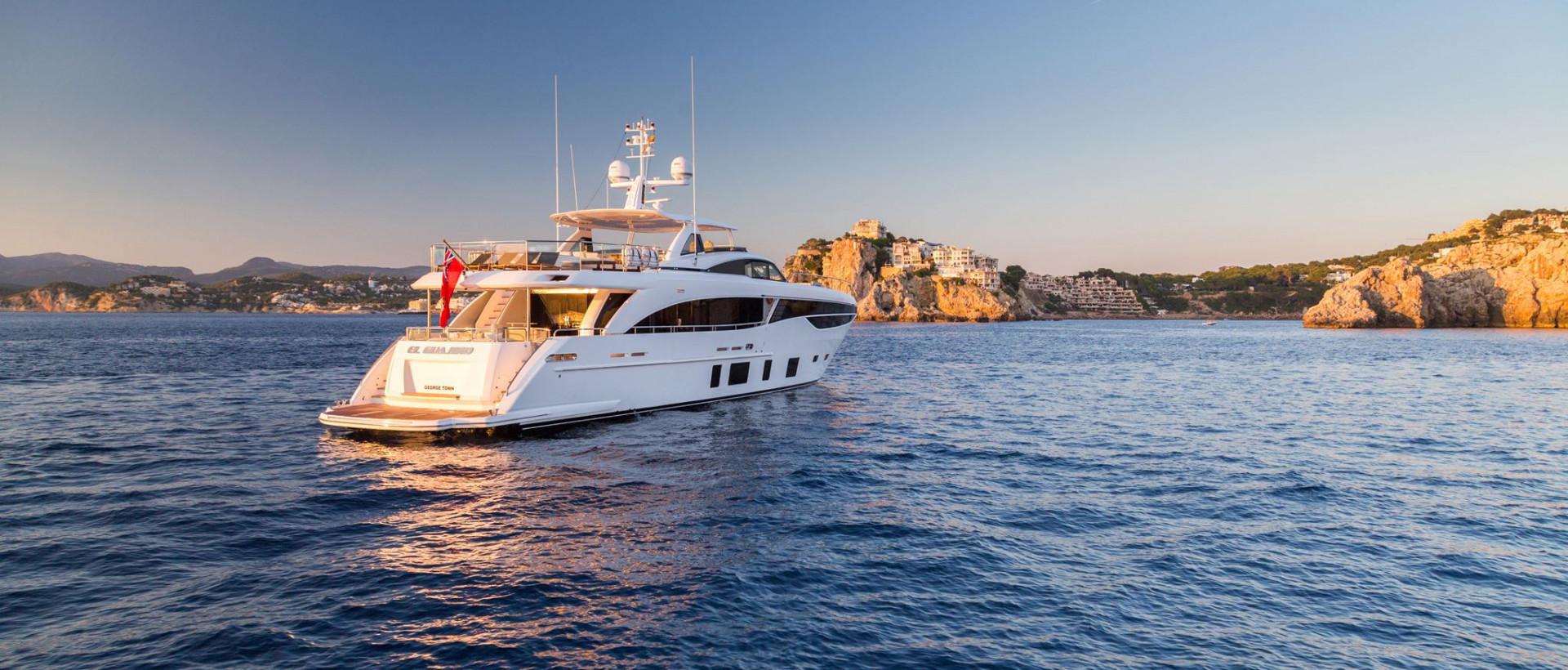 https://www.princess.fr/yacht/21/princess-35m