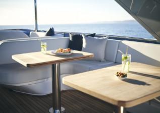 y72-exterior-flybridge-dining-table-2.jpg
