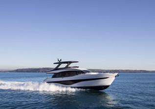 y72-exterior-white-hull-1-v2.jpg