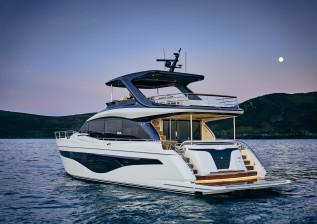 y72-exterior-white-hull-6.jpg