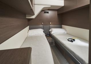 y72-interior-crew-1.jpg