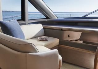 y72-interior-j-seat-4.jpg