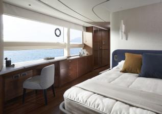 x95-interior-master-stateroom-dressing-area.jpg