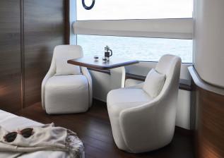 x95-interior-master-stateroom-detail.jpg