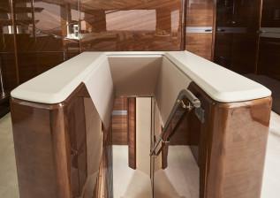 x95-slot-2-interior-stairwell-detail-3.jpg