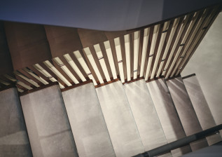 x95-slot-2-interior-detail-20.jpg